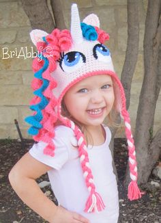 I love crochet animal hats and crochet character hats. Crochet Unicorn Hat, Crochet Animal Hats, Crochet Kids Hats, Unicorn Pattern, Easy Crochet, Knitted Hats, Knit Crochet, Disney Crochet Hats, Crochet Princess Hat