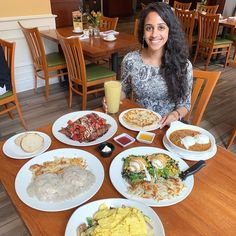 """Kanchan Garg on Instagram: """"I don't have a middle name but if I did, it would be BRUNCH, and @melicafechicago has all the brunch essentials! 🤗 Symphony is one of my…"""" Best Brunch Chicago, Essentials, Middle, Instagram"""