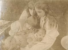 Virginia (Woolf), Vanessa (Bell) & Adrian Stephen with the family dog - 1892
