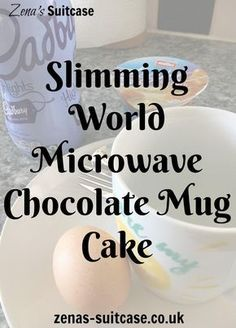 New Slimming World Microwave Chocolate Mug Cake. This recipe is for a low syn slimming world or diet chocolate mug cake. Takes less than 2 minutes to make and makes a satisfying quick dessert for anyone trying to lose weight (health snacks slimming world) Slimming World Deserts, Slimming World Puddings, Slimming World Breakfast, Slimming World Recipes Syn Free, Slimming World Syns, Slimming Eats, Slimming World Chocolate Cake, Slimming World Quick Meals, Microwave Chocolate Mug Cake