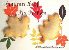 Dollhouse Bake Shoppe: Autumn Leaf Pie Pockets