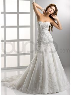 EMBELLISHED LACE AND TULLE A-LINE SOFT SWEETHEART NECKLINE FIT AND FLARE WEDDING DRESS
