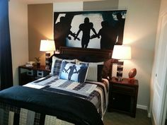 Football bedroom... by far my favorite. Gotta find this print!