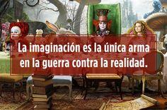 Las frases más ciertas que se han dicho del otro lado del espejo. Disney Magic, Disney Pixar, Phrase Book, Alice And Wonderland Quotes, Pretty Quotes, Lewis Carroll, Through The Looking Glass, Disney Quotes, More Than Words