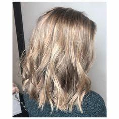 Short Cuts #blondes #hairbyrae #salonedenofraleigh #bestsaloninraleigh #beautifulcolor #olaplex