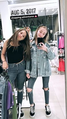Maddie Y Mackenzie, Maddie Ziegler Instagram, Tumblr Bff, Dance Moms Girls, Idole, Insta Photo Ideas, Friend Photos, Friend Pictures, Celebs