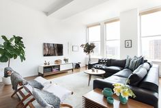 This+New+York+Home+Is+How+We+All+Want+to+Live+via+@MyDomaine