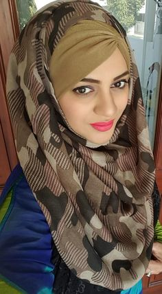 Amazingly something face possible Arabian Beauty Women, Muslim Hijab, Discount Deals, Hijabs, Hijab Fashion, Are You The One, Link, Face, Stuff To Buy