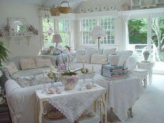 small country cottages interior shabby chic   Algunos modelos de interiores como inspiración para todos los ...