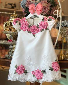 21 Trendy Knitting For Kids Little Girls Princesses Children Little Girl Dresses, Girls Dresses, Flower Girl Dresses, Kids Outfits Girls, Girl Outfits, Dress Anak, Baby Dress Design, Baby Dress Patterns, Frocks For Girls