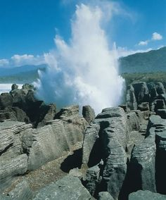 Amazing Places In New Zealand: Punakaiki coast   - Amazing Places In New Zealand You Must Visit