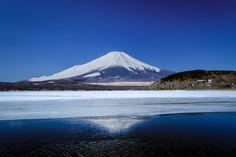 Winter is Leaving : Fujisan before Spring | Mahalarp