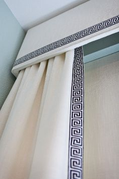 Cornice & Greek key trim