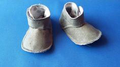 Zapato bebé gris