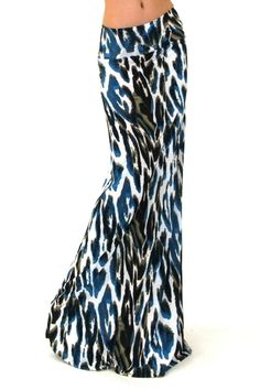 FashionGo is an online wholesale clothing marketplace where hundreds of manufacturers and wholesalers provide clothing, apparel, accessories, shoes, handbags and a variety of fashion related items. Cute Fashion, Skirt Fashion, Fashion Outfits, Maxi Skirt Outfits, Maxi Skirts, Leopard Print Skirt, Pretty Outfits, Pretty Clothes, Dress Codes