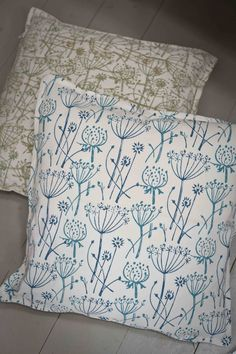 Cushions printed with Tussock patterned paint roller. I never knew these existed!