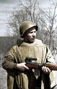 https://flic.kr/p/DrFseB   Sergeant sniper Barabash April 1942   Credit - www.flickr.com/photos/156485615@N04/35690206601