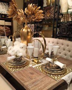 69 elegant dining table and chairs 52 Dining Room Table Decor, Decoration Table, Dining Room Design, Living Room Decor, Vase Deco, Dinner Room, Dining Room Inspiration, Elegant Dining, Table Settings