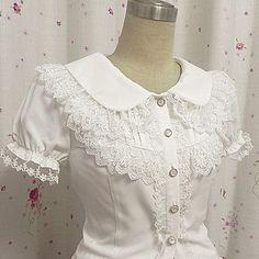 Top o camicia Dolce Da principessa Cosplay Vestiti Lolita Bianco Di pizzo Maniche corte Lolita Camicia Per Da donna Chiffon del 2016 a €23.51