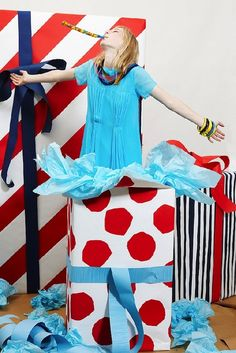 Peter Jensen Resort 2011: Birthday Parties, Gift Bows, Paper Ring Garlands, and Presents!