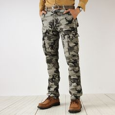 2017 Men's Camouflage Cargo Pants Men Army Green Multi Pockets Combat Casual Cotton Loose Straight Trousers Male Easy Wash Pants