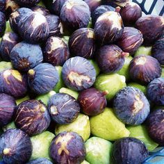 fichi #fichi #figs #trasimenolake #trasimenofood #trasimeno #localfood #tipicalfood #lunch #dinner #delish #delicious #lacquario #umbrians #umbria #umbriafood #italy #fooditaly #castiglionedellago #trasimenofood #top_food_of_instagram #gastronogram #foodamology #cucinaitaliana #igersubmbria #cucinatipica #bio #km0 by ristorantelacquario