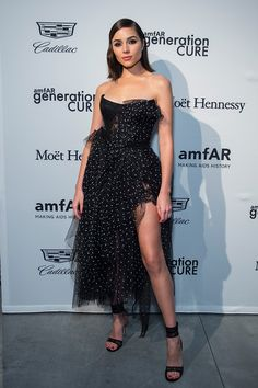 Isn't she gorgeous? The model Olivia Culpo wears the Ermanno Scervino bustier dress in tulle at the AmfAR Generation CURE holiday party in NYC. Glamorous Dresses, Elegant Dresses, Beautiful Dresses, Nice Dresses, Long Dresses, Olivia Culpo, Fashion Today, Fashion 2018, Celebrity Style Inspiration
