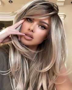 Hair Color Balayage, Hair Highlights, Blonde Balayage, Blonde Hair Colors, Ash Brown Hair With Highlights, Babylights Brunette, Hair Colours, Curly Hair Styles, Natural Hair Styles