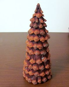 1000 images about pinecone decor things to make on for Things to make with fir cones