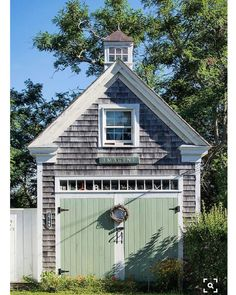Imagine this cutie is yours! Great iconic coastal New England architecture