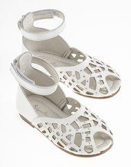 Βαπτιστικά πεδιλάκια για κορίτσια Christening, Girls Shoes, Wedges, Sandals, Fashion, Moda, Shoes Sandals, Fashion Styles, Fashion Illustrations