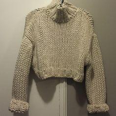 Nwt zara sweater Just bought this season and never worn! Zara Sweaters