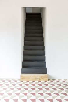 Borgo Merlassino by Deamicis Architetti located in Novi Ligure, Italy. Interior Staircase, Interior Exterior, Interior Design, Basement Stairs, House Stairs, Black Stairs, Space Architecture, Deco Design, Stairways