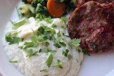 Kulinaari: Kermainen kukkakaalisose Takana, Mashed Potatoes, Grains, Food And Drink, Rice, Beef, Ethnic Recipes, Whipped Potatoes, Meat