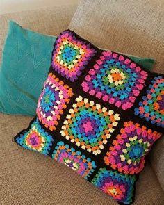 Granny Square Crochet Pattern, Afghan Crochet Patterns, Crochet Motif, Baby Knitting Patterns, Crochet Designs, Crochet Pillow Cases, Crochet Cushion Cover, Crochet Cushions, Love Crochet