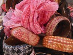 zátišie - decoupage náramky a hodvábna šatka