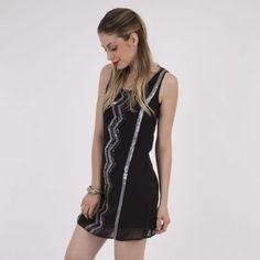 Vestido iO Sequins Negro. Los mejores vestidos para noche vieja en  Dafiti  Chile 0beba01ca75