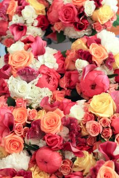 bold bouquets. #southernweddings #ssp