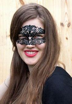Como hacer paso a paso una bonita mascara para halloween .DIY