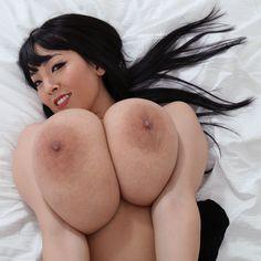 "tumbleonandonstuff: ""Hitomi Tanaka Ultra Busty Cleavage!"""