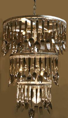 Art Now you could buy an old chandelier that has the crystals on it and replace them with cutlery.great recycle diy Art Now you could buy an old chandelier that has the crystals on it and replace them with cutlery. Rustic Lighting, Interior Lighting, Lighting Design, Lighting Ideas, Party Lighting, Recycled Kitchen, Old Kitchen, Kitchen Stuff, Funky Kitchen