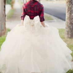 Country wedding dress<3 so cute for the reception!