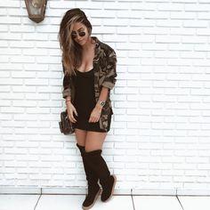 """23.2 mil curtidas, 162 comentários - Gabi Brandt (@gabibrandt) no Instagram: """"pros amantes do friozinho: essa bota é da @armazempink_ e é 4 em 1, como mostrei no vídeo!…"""""""