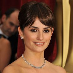 Penelope Cruz in Chopard  The Best Supporting Actress winner made a classic yet stunning statement in a short cushion-cut diamond necklace that totaled 69 carats and matching 11-carat diamond stud earrings by Chopard.