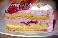 Today is National Raspberry Creme Pie Day! Yum or Yuck? Raspberry Cake, Bio Shop, My Recipes, Cooking Recipes, Healthy Foods To Eat, Nutritious Meals, Let Them Eat Cake, Vanilla Cake, Sweets