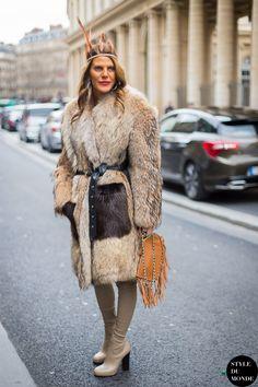 Anna Dello Russo Street Style Street Fashion Streetsnaps by STYLEDUMONDE Street Style Fashion Blog