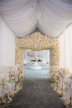 Photo: Jeremie Barlow Photography, Carla Ten Eyck with Andrew Henderson, Allan Zepeda, Parker J Phister via The Knot; How stunning is this all white reception entrance!!?