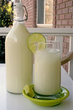 "For the Love of Food: Brazilian ""Lemonade"""