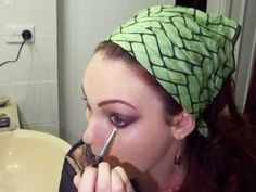 Gypsy makeup tutorial...excellent !