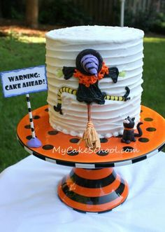 I think my favorite Halloween cake ever! :D